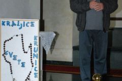 Prec.-Ante-Markic-pozdravio-je-Veronikin-rubac-u-Gospinom-SvetistuAljmas-10.10.20.