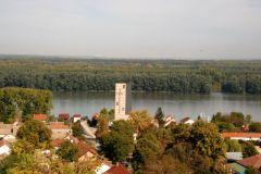 S-brda-Kalvarija-pogled-na-crkvu-i-Gospu-Aljmasku-kojoj-cemo-se-vratiti-molitvom